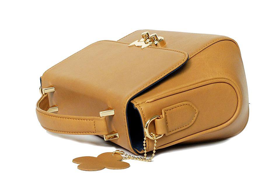 กระเป๋าถือ สำหรับผู้หญิง handbag for women