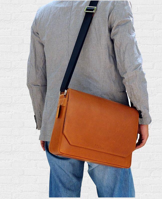 กระเป๋า Macbook messenger bag