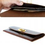 กระเป๋าใบยาว สีน้ำตาลเข้ม หนังแท้ สำหรับผู้หญิง Minimal Wallet ferro di cavallo Design Dark Brown color