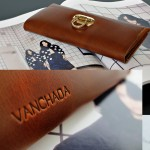 กระเป๋าเงิน แบบผู้หญิง Minimal Wallet ferro di cavallo Design ใบยาว หนังแท้ สำหรับผู้หญิง
