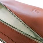 กระเป๋าหนังแท้ พาดลำตัว Semilunar Apicot